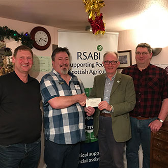 Crew from Perthshire Inn supporting RSABI